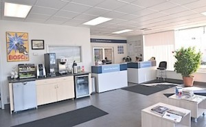 As a Bosch Car Service center, Baum Boulevard Automotive communicates to its customers a message of professional service in a comfortable environment.